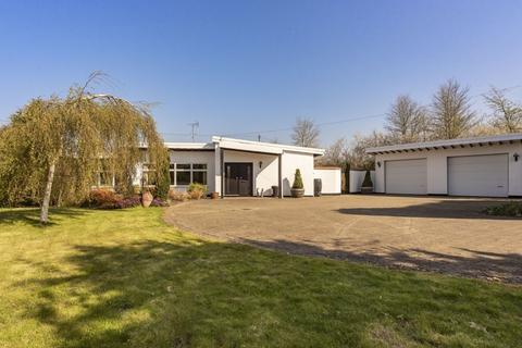 4 bedroom detached bungalow for sale - Marsh Lodge