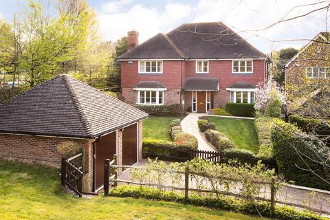 5 bedroom detached house for sale - Lane End, Dormansland