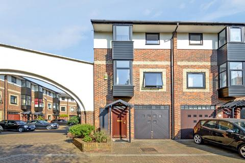 3 bedroom end of terrace house for sale - Barnfield Place, Canary Wharf E14