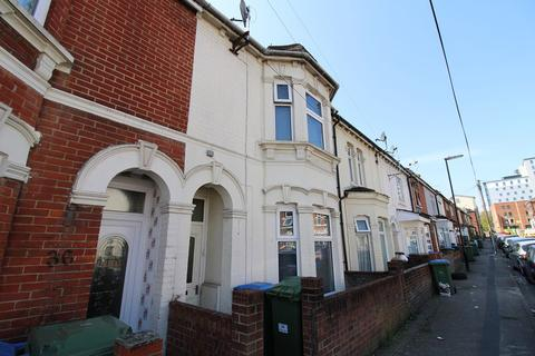 4 bedroom house to rent - Oxford Avenue , Southampton