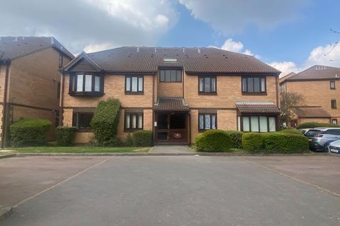 2 bedroom maisonette to rent - Marwell Close, Romford