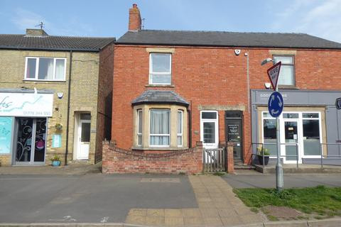 2 bedroom semi-detached house for sale - High Street, Market Deeping