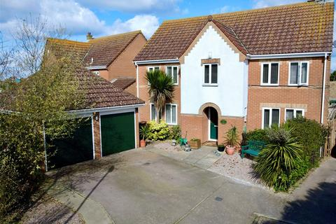 5 bedroom detached house for sale - Toddington Park, Littlehampton, West Sussex, BN17