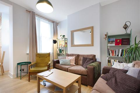 2 bedroom apartment to rent - Tooley Street SE1