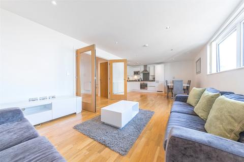 3 bedroom apartment for sale - Empire Reach, 4 Dowells Street, Greenwich, London, SE10