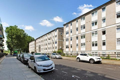 3 bedroom maisonette to rent - Glengarnock Avenue, Docklands, E14