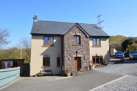 6 bedroom detached house for sale - Waenllapria, Llanelly Hill, Abergavenny