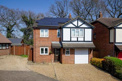 4 bedroom detached house for sale - The Orchard, Slip End