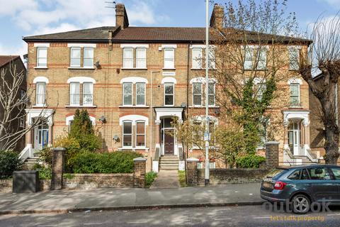 1 bedroom flat to rent - Hermon Hill. Wanstead