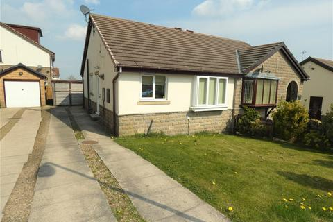 2 bedroom semi-detached bungalow to rent - Sanderson Avenue, Wibsey, Bradford, BD6