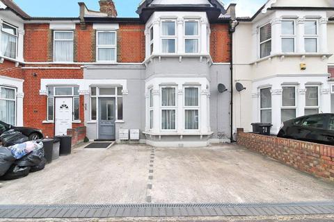 2 bedroom apartment for sale - Castleton Road, Ilford, IG3