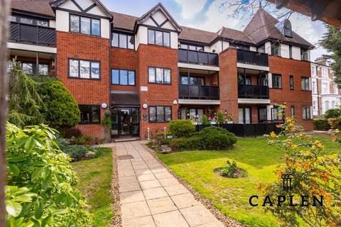 2 bedroom apartment for sale - 700 High Road, Buckhurst Hill