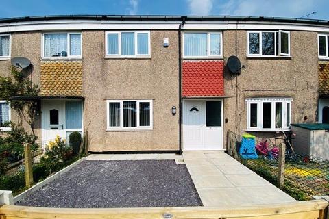 3 bedroom semi-detached house to rent - Kennedy Avenue, Macclesfield (9)