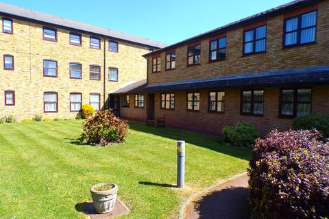 1 bedroom flat for sale - St. James Oaks, Trafalgar Road, Gravesend