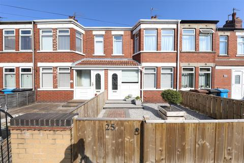 3 bedroom terraced house for sale - Balmoral Avenue, Hull