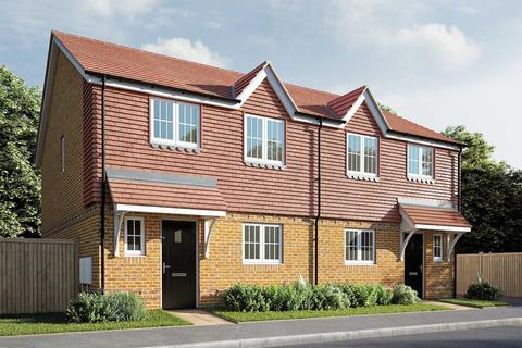 3 bedroom semi-detached house for sale - Plot 162, The Elmslie at Berengrave Gardens, Berengrave Lane, Rainham, Kent ME8