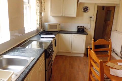 5 bedroom house to rent - 62 Bournbrook Road, B29