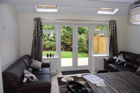 6 bedroom house to rent - 120 Heeley Road, B29
