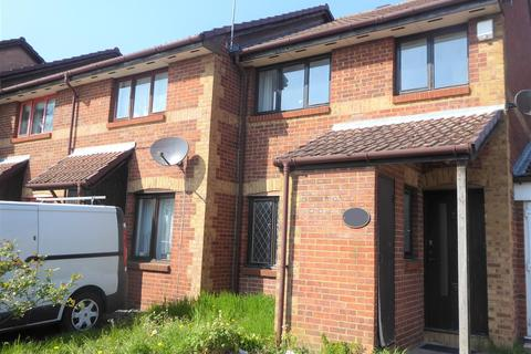 3 bedroom end of terrace house to rent - Holly Gardens, West Drayton