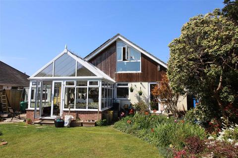 3 bedroom detached bungalow for sale - Highridge Crescent, New Milton, Hampshire