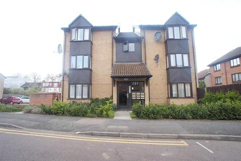 1 bedroom flat to rent - Pycroft Way, London