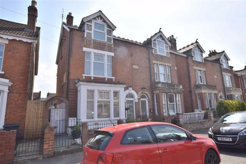 5 bedroom semi-detached house for sale - Furlong Road, Tredworth, GL1 4