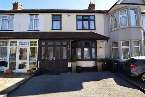 3 bedroom house for sale - Gosford Gardens, Redbridge, Essex, IG4