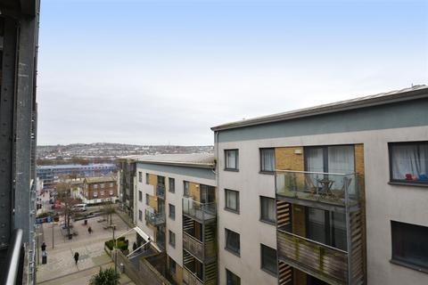 3 bedroom flat to rent - Horstead Court, Fleet Street, Brighton,BN1 4GS
