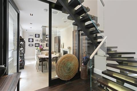 3 bedroom flat for sale - Palace Gate, Kensington, W8