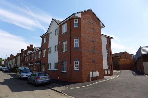 1 bedroom apartment to rent - Brook Street, Lye