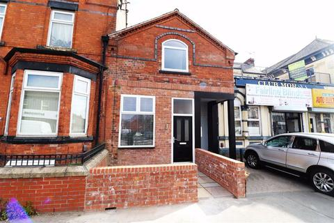 2 bedroom flat to rent - Stockport Road, Manchester