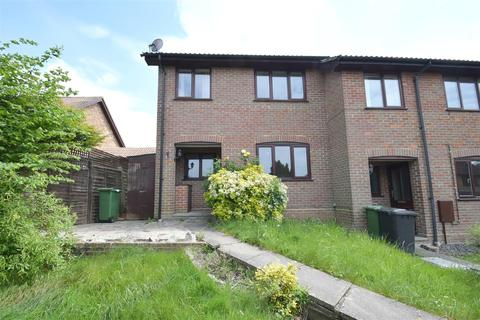 2 bedroom townhouse to rent - Kirkstall Court, Calcot, Reading