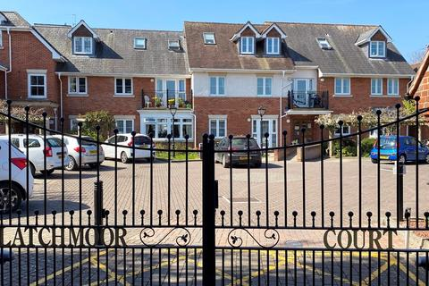1 bedroom flat for sale - Brookley Road, Brockenhurst, SO42