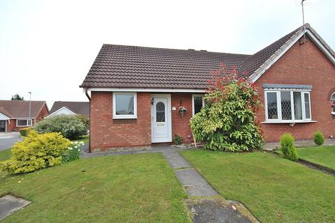 2 bedroom bungalow to rent - Rathmell Close, Culcheth, Warrington, WA3