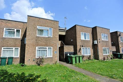 1 bedroom apartment for sale - Whitley Close, Stanwell, Staines-upon-Thames, TW19