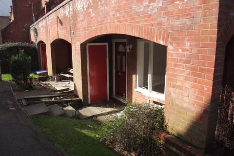 1 bedroom maisonette to rent - Ambleside Walk, Uxbridge, UB8