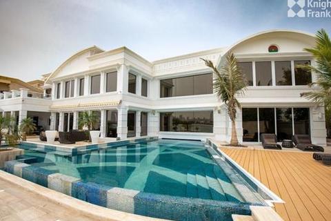 7 bedroom villa - Frond L, Palm Jumeirah