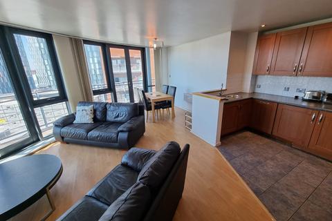 2 bedroom flat to rent - 39 City Road East, M15 4QE