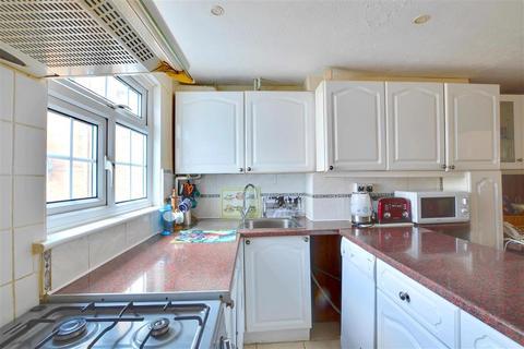 3 bedroom terraced house for sale - Pembury Road, Tonbridge, Kent
