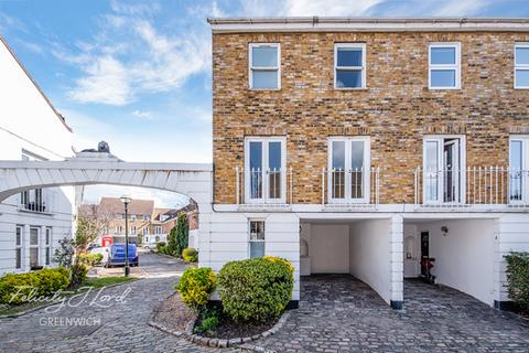4 bedroom end of terrace house for sale - Robinscroft Mews, Greenwich, London, SE10 8DN