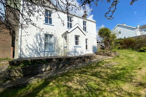 3 bedroom detached house for sale - Charles Street, Milford Haven, Sir Benfro, SA73