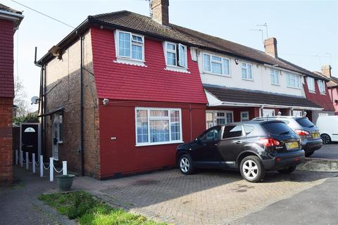 2 bedroom semi-detached house to rent - Ashford Ave Hayes, Hayes