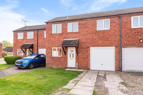 2 bedroom terraced house for sale - Canterbury Close , Beverley, HU178PS