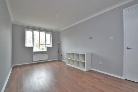 1 bedroom flat to rent - Whidborne Close London SE8
