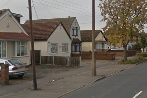 2 bedroom bungalow to rent - Rainham Road, Rainham, Essex RM13