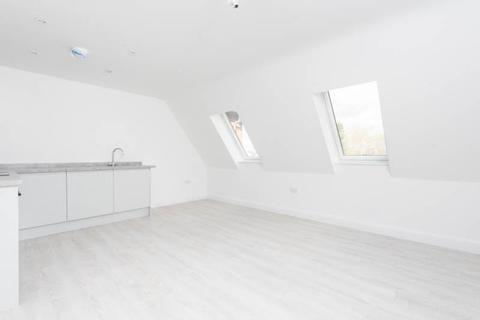 1 bedroom apartment to rent - Clock Tower, 2-4 High Street, Kidlington, Oxfordshire, OX5