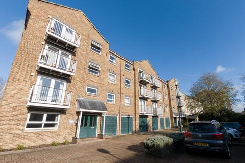 2 bedroom apartment for sale - Lyndhurst Lodge, Millennium Drive, Isle of Dogs, E14