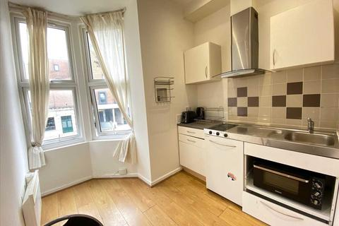 1 bedroom apartment to rent - Castlehill Parade, The Avenue, Ealing