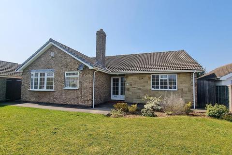3 bedroom bungalow to rent - ST JAMES RD, MELTON, HU14