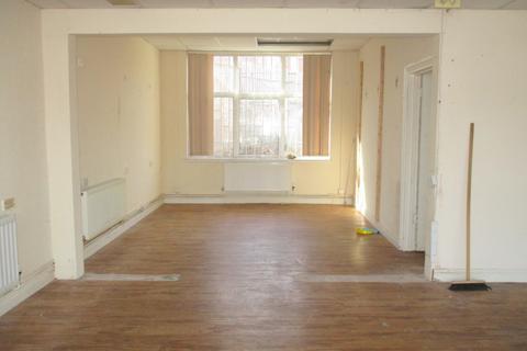 Property to rent - Thornbridge Avenue , Great Barr, Birmingham  B42